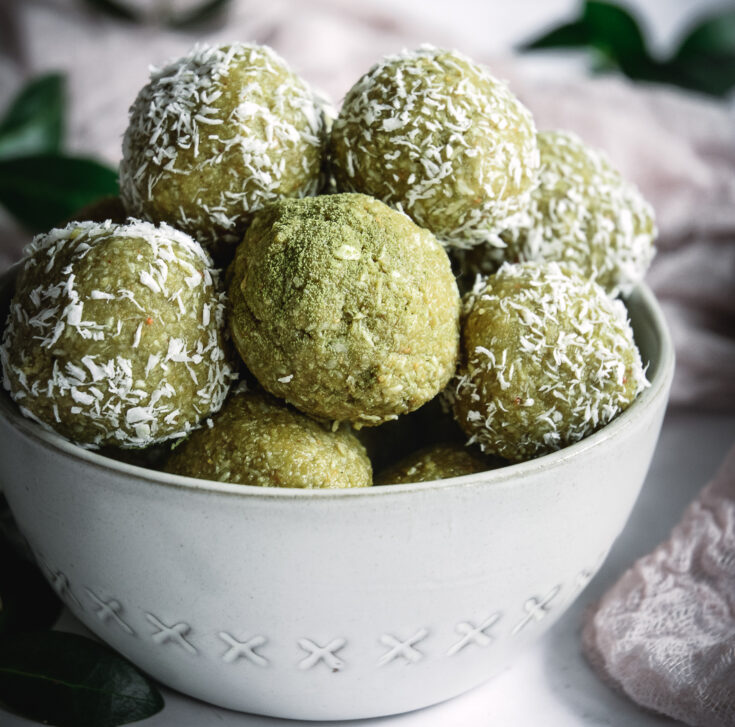 Coconut Cashew Matcha Honey Energy Bites